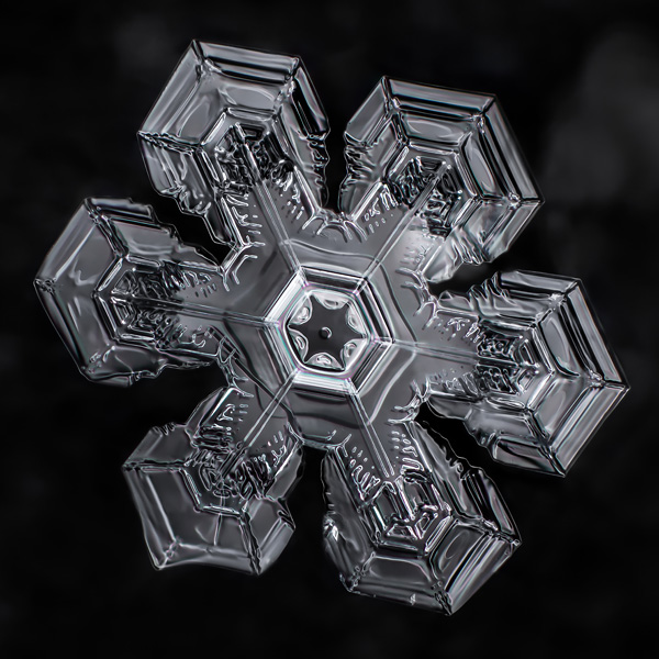 fractal-geometry-in-snowflakes-by-don-komarechka