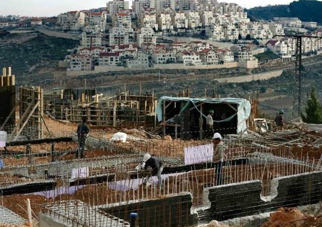 Obama Sides With UN on Israeli Settlements